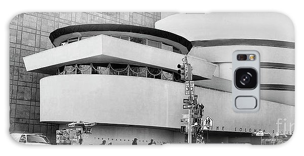 Guggenheim Museum Nyc Bw Galaxy Case