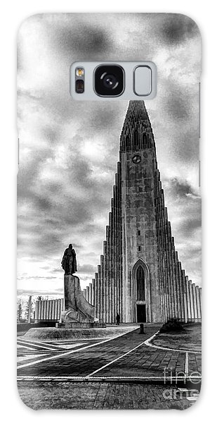 Hallgrims Kirkja Iceland Galaxy Case