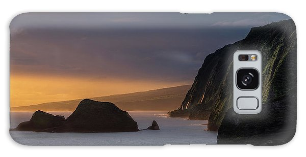 Pacific Ocean Galaxy Case - Hawaii Sunrise At The Pololu Valley Lookout by Larry Marshall