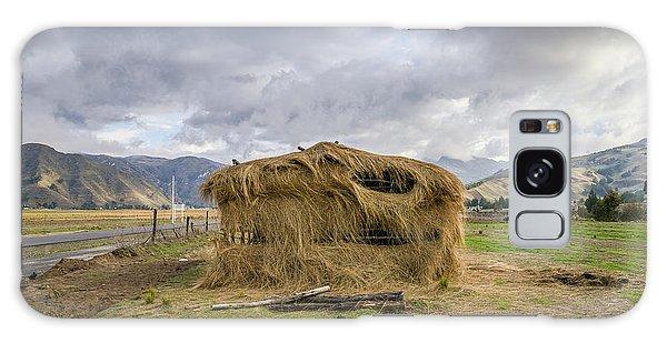 Hay Hut In Andes Galaxy Case