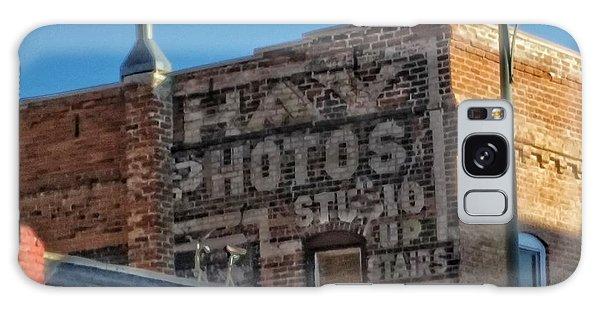 Hay Photo Studio Galaxy Case