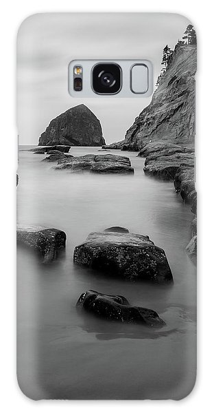 Haystack Rock In Bw Galaxy Case