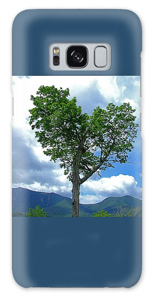 Heart Shaped Tree Galaxy Case