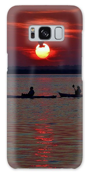 Heron And Kayakers Sunset Galaxy Case