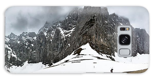 Hiking In The Alps Galaxy Case