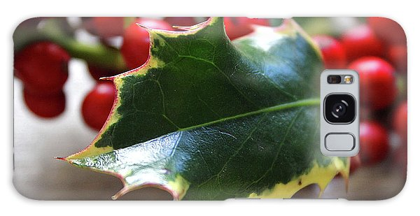 Greeting Galaxy Case - Holly Berries- Photograph By Linda Woods by Linda Woods