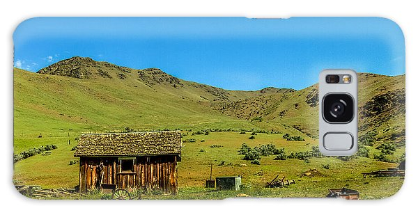 Haybale Galaxy Case - Homestead On Squaw Butte by Robert Bales