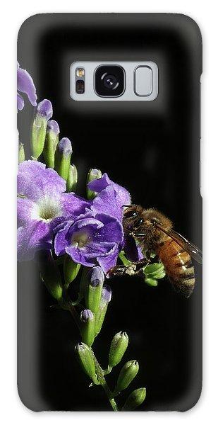 Honeybee On Golden Dewdrop Galaxy Case by Richard Rizzo