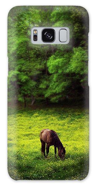 Horse In Flowers Galaxy Case