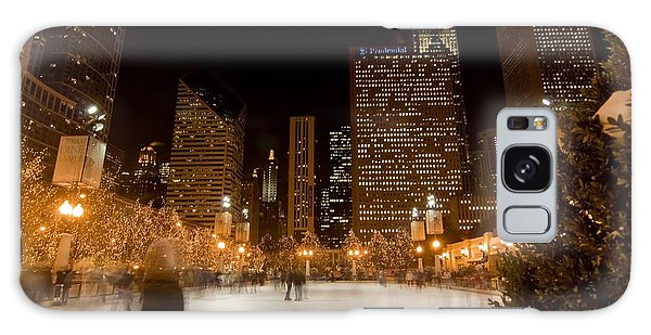 Ice Skaters And Chicago Skyline Galaxy Case