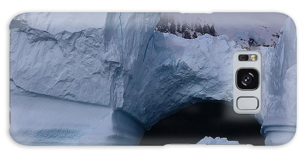 Iceberg Passthrough Galaxy Case