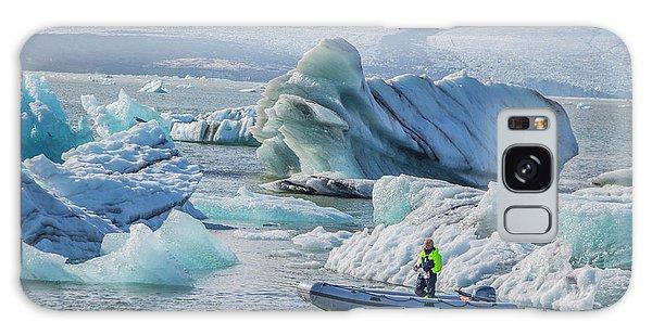 Icebergs On Jokulsarlon Lagoon In Iceland Galaxy Case by Venetia Featherstone-Witty