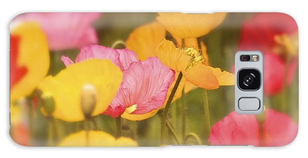 Iceland Poppies Warmly Galaxy Case