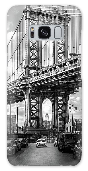 East Galaxy Case - Iconic Manhattan Bw by Az Jackson