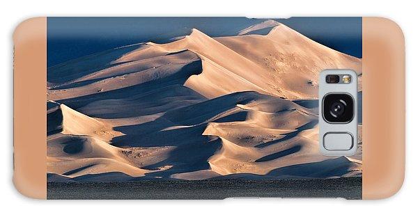 Illuminated Sand Dunes Galaxy Case