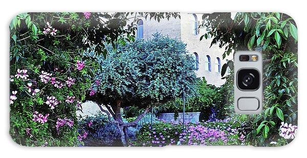 In The Garden At Mount Zion Hotel  Galaxy Case
