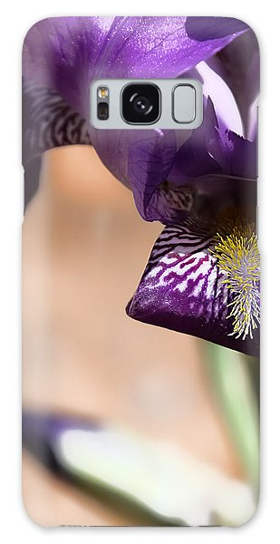 Iris Gemanica Galaxy Case
