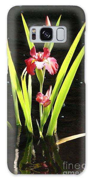 Iris In Water Galaxy Case