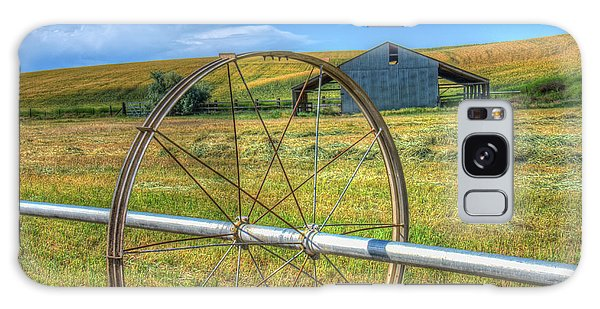 Irrigation Water Wheel Hdr Galaxy Case by James Hammond