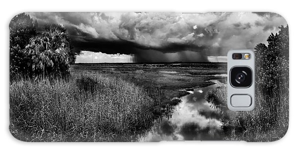 Isolated Shower - Bw Galaxy Case