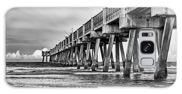Jacksonville Beach Pier In Black And White Galaxy Case