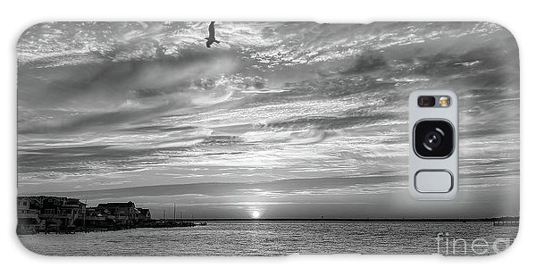 Jersey Shore Sunset In Black And White Galaxy Case