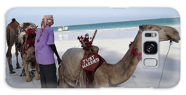 Exploramum Galaxy Case - Just Married Camels Kenya Beach by Exploramum Exploramum