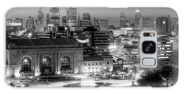 Kansas City Skyline Bw Galaxy Case