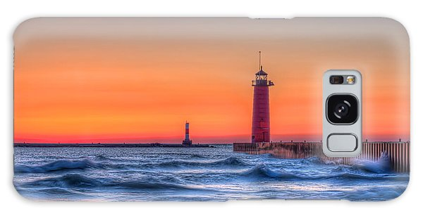 Kenosha Lighthouse Dawn Galaxy Case