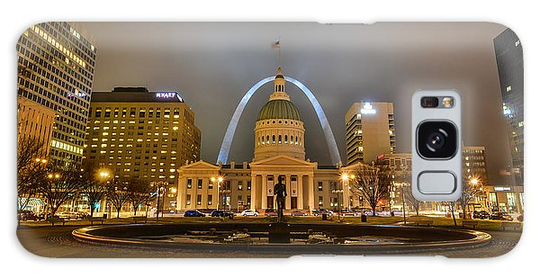 Galaxy Case featuring the photograph Kiener Plaza And The Gateway Arch by Matthew Chapman