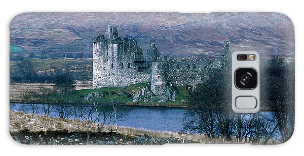Kilchurn Castle, Scotland Galaxy Case