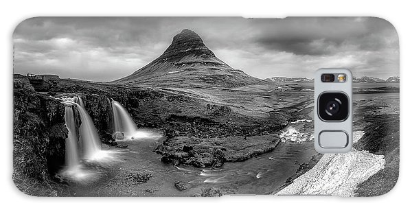 Kirkjufellsfoss Dawn Monochrome  Galaxy Case