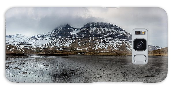 kirkjufellsfoss From Black Beach Galaxy Case