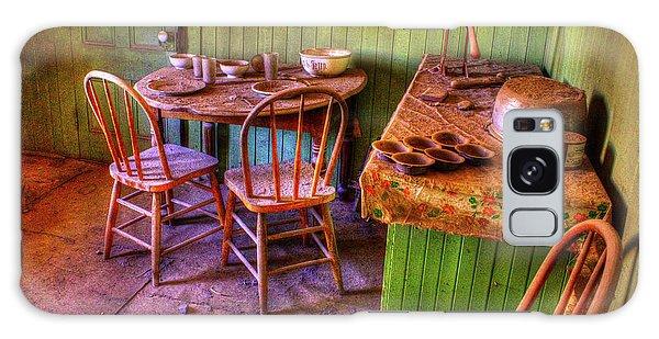 Kitchen Table Bodie California Galaxy Case