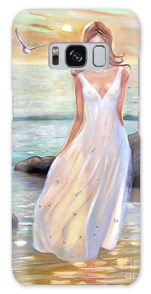 Lady Walking On The Beach Galaxy Case