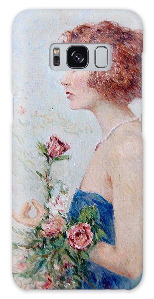 Lady With Roses  Galaxy Case