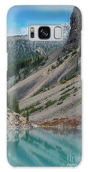 Moraine Lake Galaxy Case - Lake Moraine Angles by Mike Reid