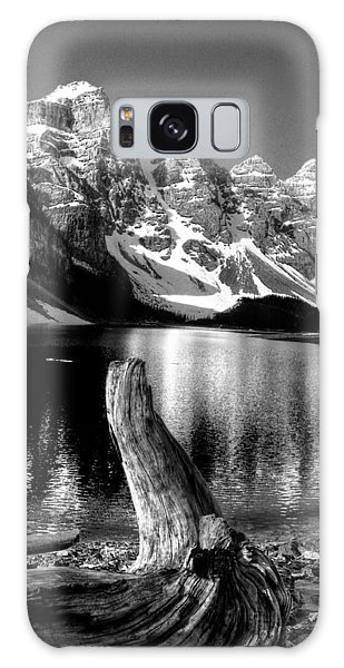 Lake Moraine Drift Wood Galaxy Case