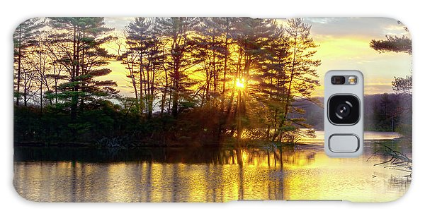 Lake Tiorati Golden Sunrise Galaxy Case