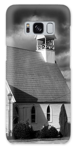 Lamp And Belfry In Black And White Galaxy Case