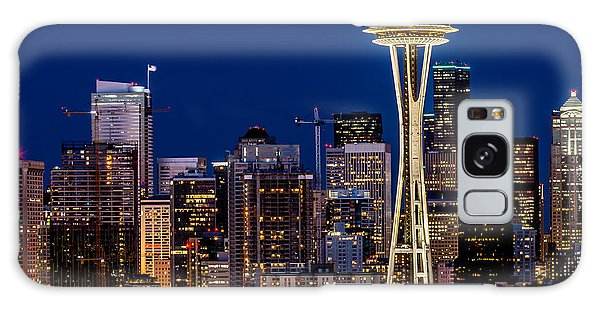 Landscape Space Needle And Skyline At Dusk  Galaxy Case