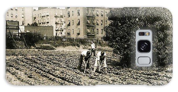 Last Working Farm In Manhattan Galaxy Case