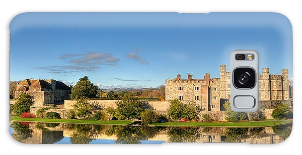 Leeds Castle And Moat Reflections Galaxy Case
