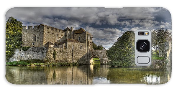 Leeds Castle Reflections Galaxy Case