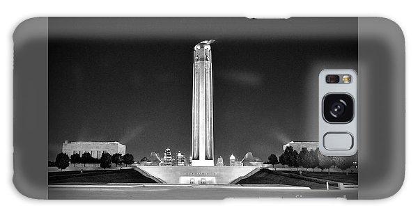 Liberty Memorial In Kansas City Bw Galaxy Case