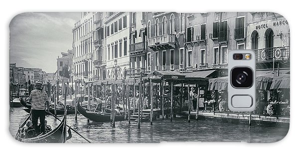 Life On The Grand Canal In Black And White  Galaxy Case