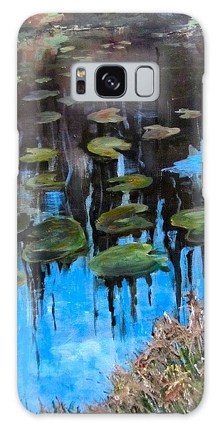 Lilly Pads And Reflections Galaxy Case