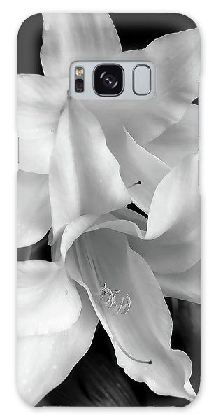 Lily Flowers Black And White Galaxy Case