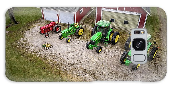 Lining Up The Tractors Galaxy Case