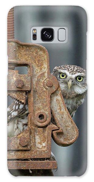 Little Owl Peeking Galaxy Case